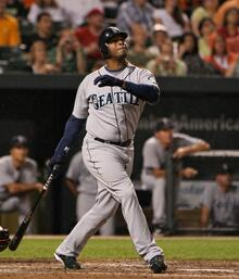Ken Griffey Jr. is known to have one of the most beautiful swings in Major League Baseball history with a picturesque finish, and even he utilized a number of different follow through options.